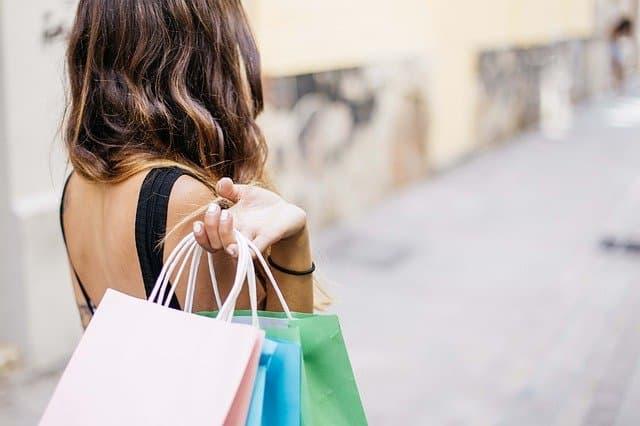 Combien de sous-vêtements achetés par an en France ?